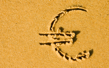 euro dans le sable