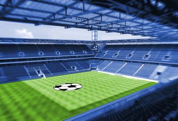 Fußballstadion mit grünem Rasen