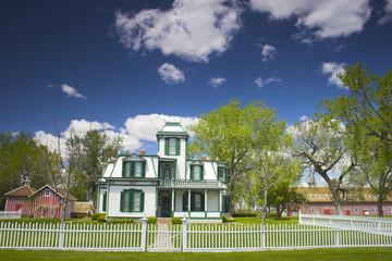Buffalo Bill Mansion