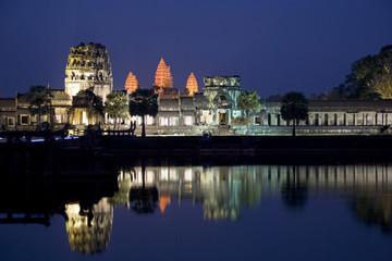 Fototapete - Angkor Wat at Night