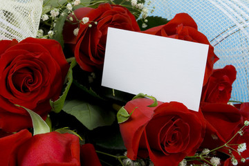 Red roses with note