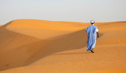 Marcheur dans le désert