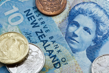 ten new zealand dollar with coins