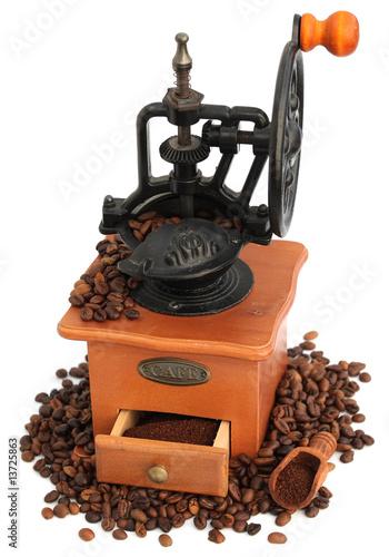 moulin caf manuel fonte et bois photo libre de. Black Bedroom Furniture Sets. Home Design Ideas