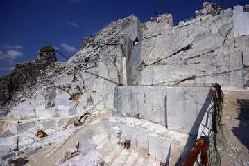 Alpi Apuane: la Cava di Marmo Bianco