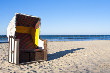 Lonesome beach chair