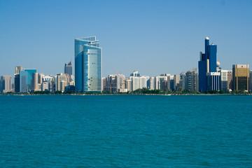 Abu Dhabi - Stadt am Meer