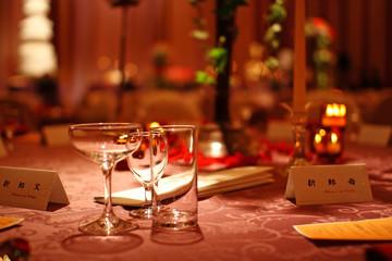 結婚式披露宴の新郎両親テーブル