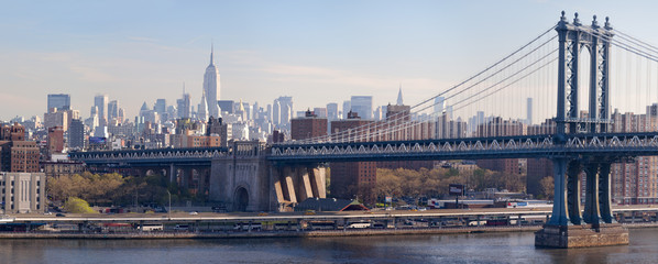 panoramic view Manhattan bridge and midtown at daytime