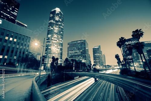 Fototapete Freeway traffic in downtown Los Angeles