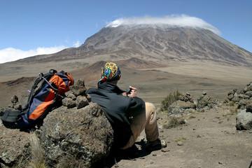 repos devant le kilimanjaro