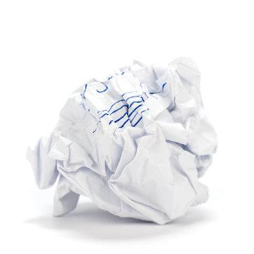 boule de papier froissé, fond blanc - designer inspiration