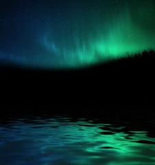 Aurora boreale riflessa