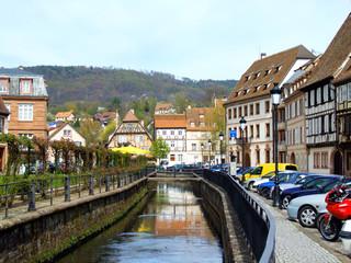 Spoed Fotobehang Scandinavië Wissembourg kanalisierter Bach