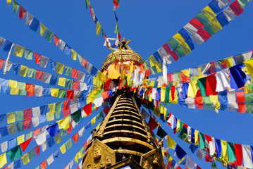 Photo sur cadre textile Népal flags at buddhist temple in nepal