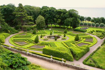 Dunrobin Castle, garden, scotland, UK