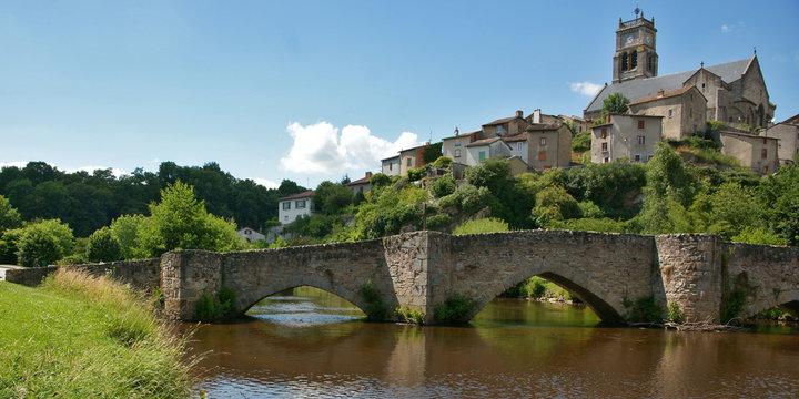 Village et pierres