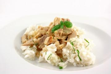 Hühnerfrikassee auf Reis