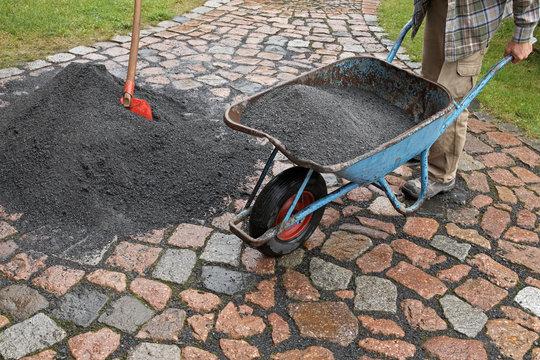 basalt grit heap 06