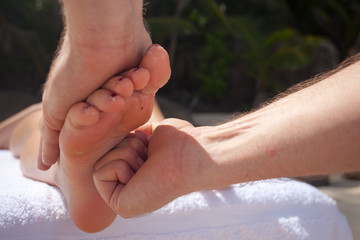 detail sole of foot massage