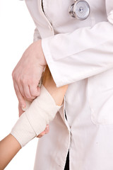First aid at knee trauma.