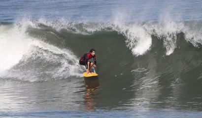 équilibre et plaisir sur la vague