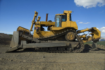 Bulldozers Lateral