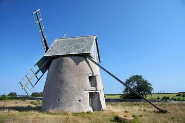 Traditionelle Windmühle auf Gotland (Schweden)