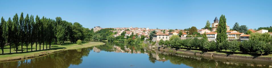 Papiers peints Ville sur l eau Ville de Pont-du-Château : Auvergne