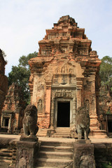 Preah Kô,tour carrée