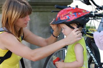 befestigen eines Fahrradhelmes
