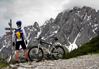 Mountainbiker über Selvapiana