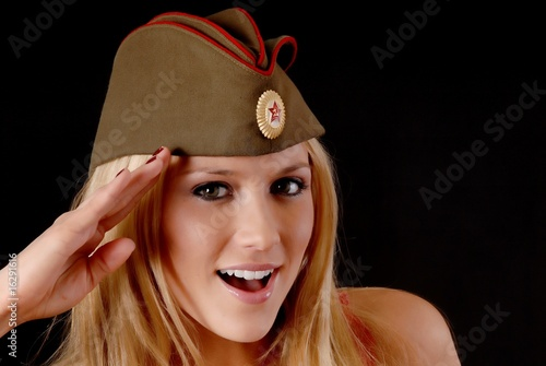 Девчонка пацанка с классной попкой порно фото