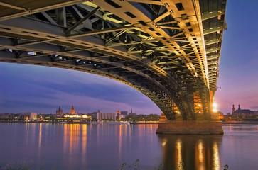 Mainz Panorama mit Theodor Heuss Brücke