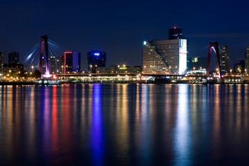 Deurstickers Rotterdam Willems bridge of Rotterdam. NIght view