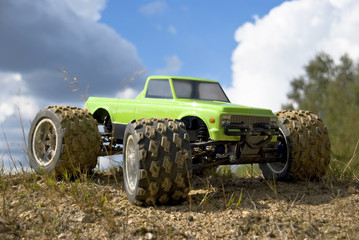 RC Car  Monster Truck green