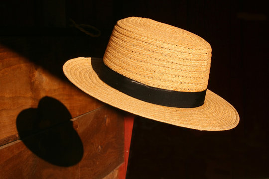 Floating Amish Hat