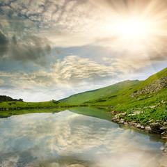 Fototapete - Mountain lake scene