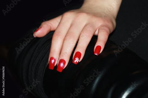 rote fingern gel stockfotos und lizenzfreie bilder auf bild 16664636. Black Bedroom Furniture Sets. Home Design Ideas