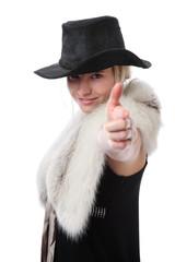 junge Frau zielt mit dem Finger