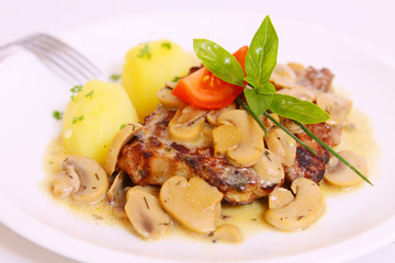 steak mit pilzen und kartoffeln