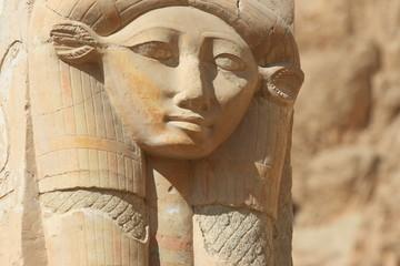 Déesse Hathor au temple d'Hatchepsout en Egypte