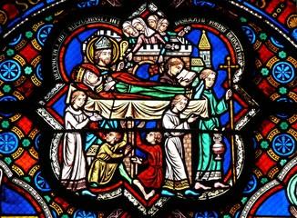 vitrail les funérailles poitiers sainte radegonde france