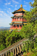 The summer palace Tower of Buddhist Incense (foxiangge)
