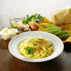 risotto con fiori di zucca e tartufo