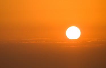 sole all'alba