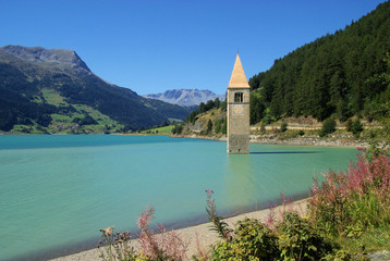 Reschensee mit Kirche - Reschensee with church 11
