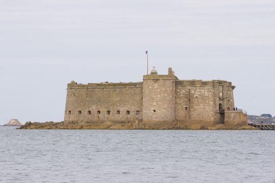 an old castle in the sea, in brittany, bull castle