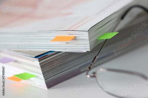 Versand katalog stockfotos und lizenzfreie bilder auf for Versand katalog