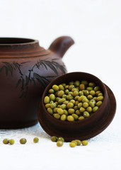 mung beans in the teapot